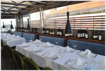 Firuzende Restaurant masalar