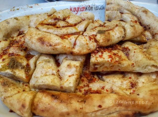 Kayhan Köftecisi ekmek