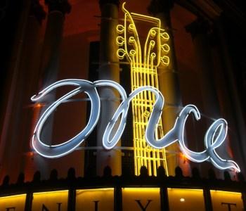 Phoenix Theatre - Reklame für Once