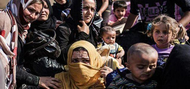 300.000 people used as human shields by ISIS in Raqqa