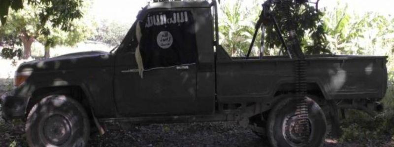 Al Shabaab terrorists seize military pick-up vehicle in fighting near Mogadishu