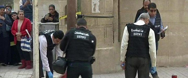 Egypt rounds up suspected ISIS terrorists over church bombings