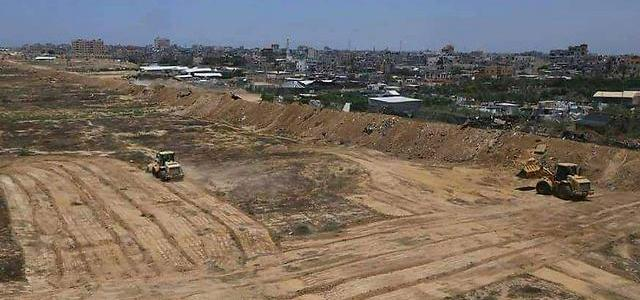 Hamas builds buffer zone at Gaza's Egyptian border