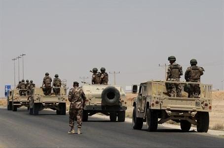 ISIS armoured vehicles are advancing towards the Iraqi-Jordanian border