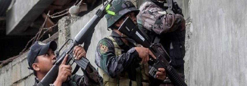 ISIS-linked militants in Marawi abandoning firearms, blending in with evacuees to escape