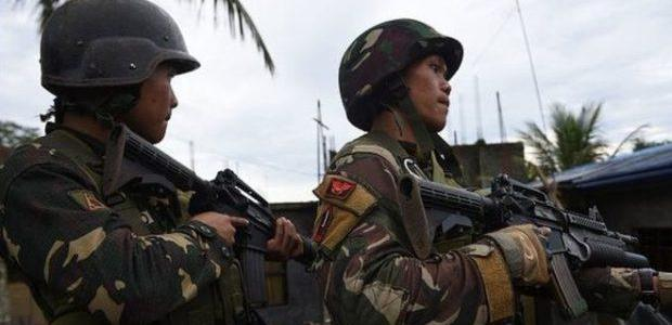 Philippine troops retake town after stand-off with Islamists