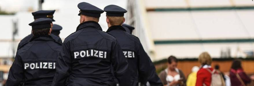 German police arrest man suspected of recruiting ISIS members to Syria