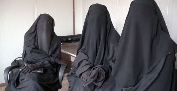 Two Finnish men in Islamic State prisons in Syria according to ISIS brides