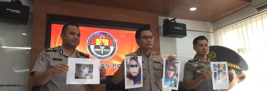 Suspected terrorists in Indonesia learned bomb-making through YouTube
