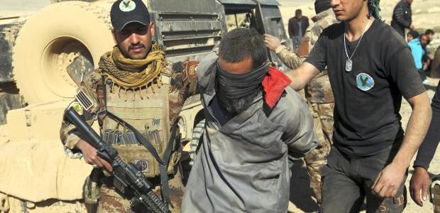 Iraqi army troops arrested five Islamic State terrorists in Mosul