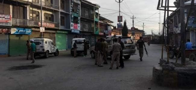 Eight Lashkar-e-Taiba terrorists arrested for threat posters in Jammu and Kashmir