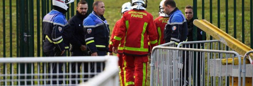 One man killed in Paris stabbing as the suspect is shot dead