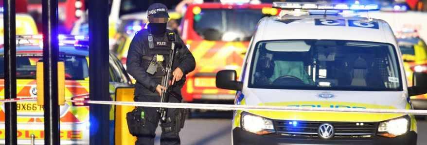 Terrorist prisoners free to radicalise inmates and create terror networks in British jails