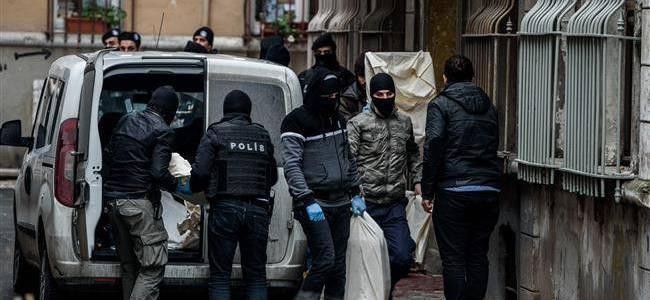 Turkish authorities deported four German nationals for having terror links