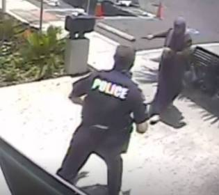 GFATF - LLL - Sister of suspected Islamic State terrorist shot dead while trying to stab police officer in Florida
