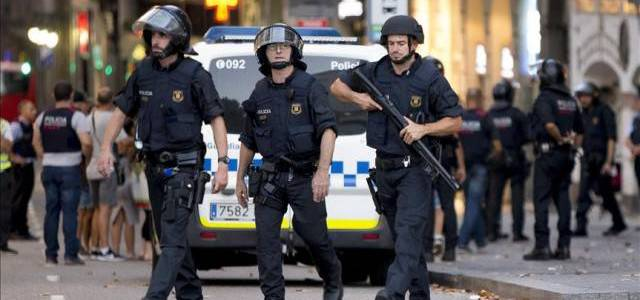 Three people arrested by the Spanish authorities for terrorist financing