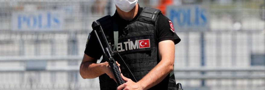 Turkish authorities detained 27 people for suspected Islamic State links