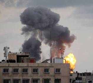GFATF - LLL - Israeli forces striked Hamas sites after Gaza rocket intercepted