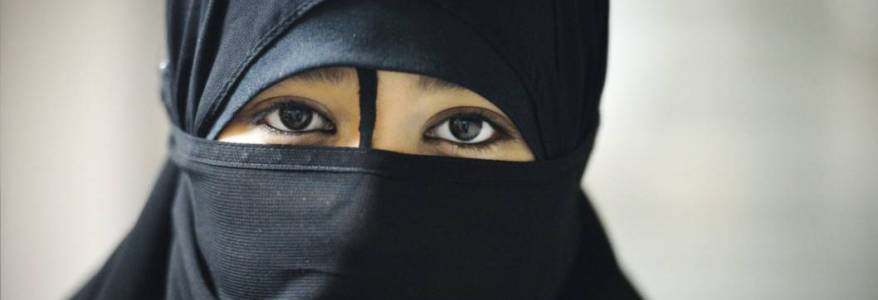 European female Islamic State supporters feel like strangers in their own country