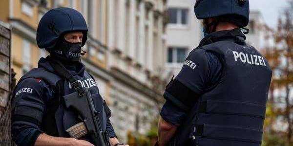 German police search homes of suspects in Vienna terror attack with Islamic State links