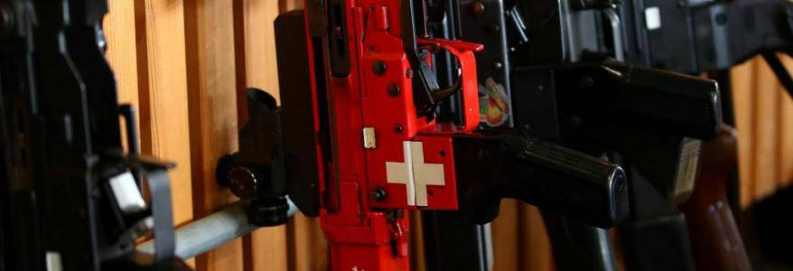Swiss politicians call for relaxation of gun laws after the terrorist attack in Austria