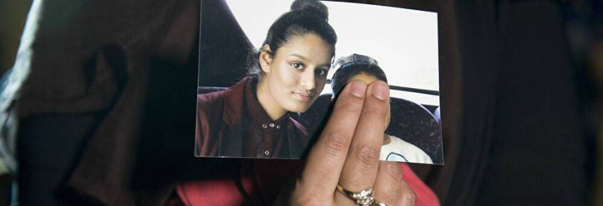 Islamic State bride Shamima Begum will be treated as a threat if she returns to the UK