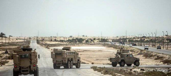 Roadside bombing in Sinai killed two police officers