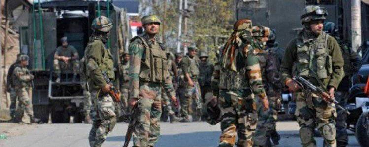 Two Jaish-e-Mohammad terrorists arrested by security forces in J-K's Awantipora