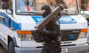 German police conducted coordinated raids against suspected Islamic extremists in Berlin