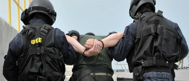 Russia's Federal Security Service detained terrorism financiers in Tatarstan and Crimea