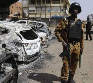 GFATF - LLL - Pregnant woman and five others killed as ambulance hits land mine in Burkina Faso