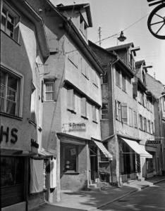 Die Radgasse zum Marktplatz gesehen. Um 1964