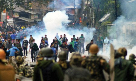 Kashmir-Spinning-out-of-con