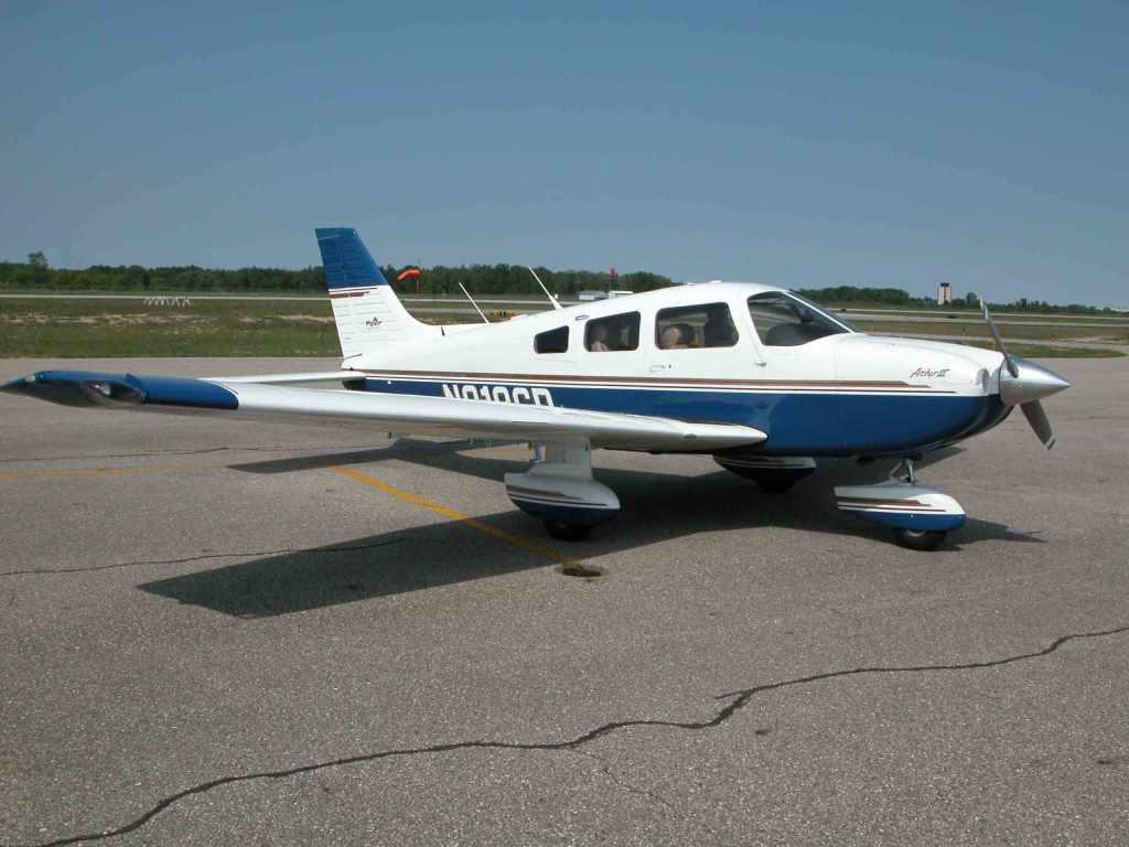 Greater Flint Pilots Association Piper Archer III