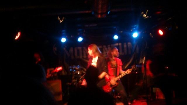 Velspillet heavy metal fra Momentum