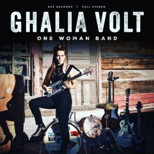 One women band