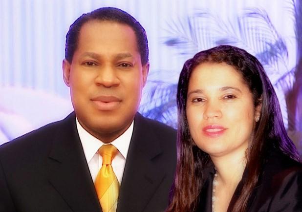 Pastor-Chris-Oyakhilome-and-Anita-Oyakhilome-2014-AlabamaU2
