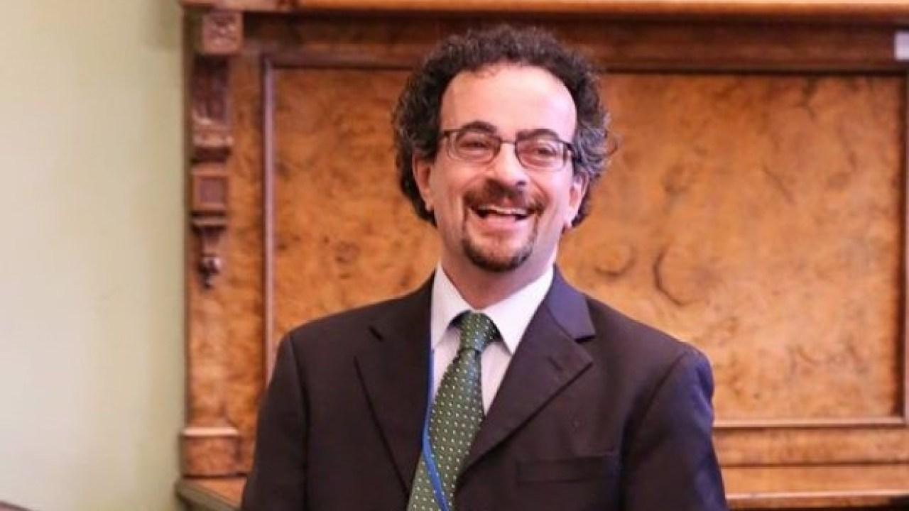 1st Deputy Speaker of Parliament Says UK High Commissioner-Jon ...