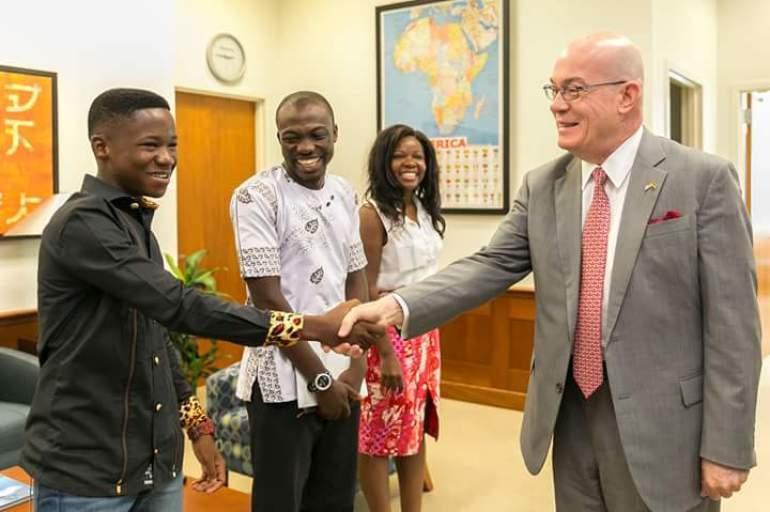 Abraham Attah meets US Ambassador Robert Jackson