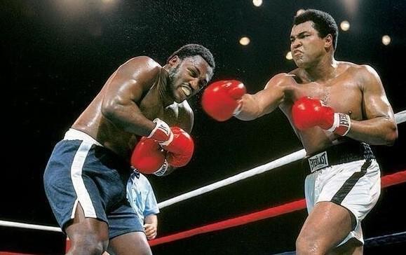 Muhammad Ali Vs. Joe Frazier (Thrilla in Manila)