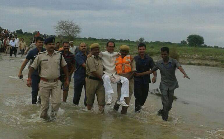 indian-politician-carried