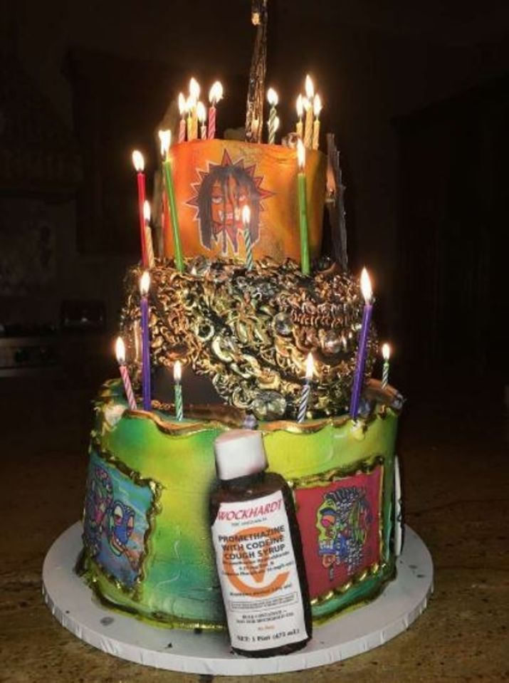 Rapper Chief Keef Gets One Ridiculous Birthday Cake Which Cost ...