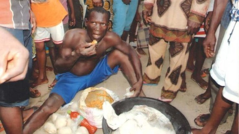 man-eating-fufu