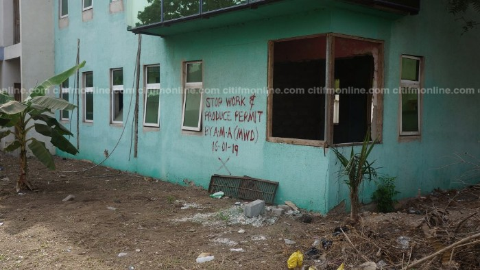 'Stop Work, Produce Permit' — AMA Marks the Special Prosecutor's Office With Red Paint to Halt Renovation