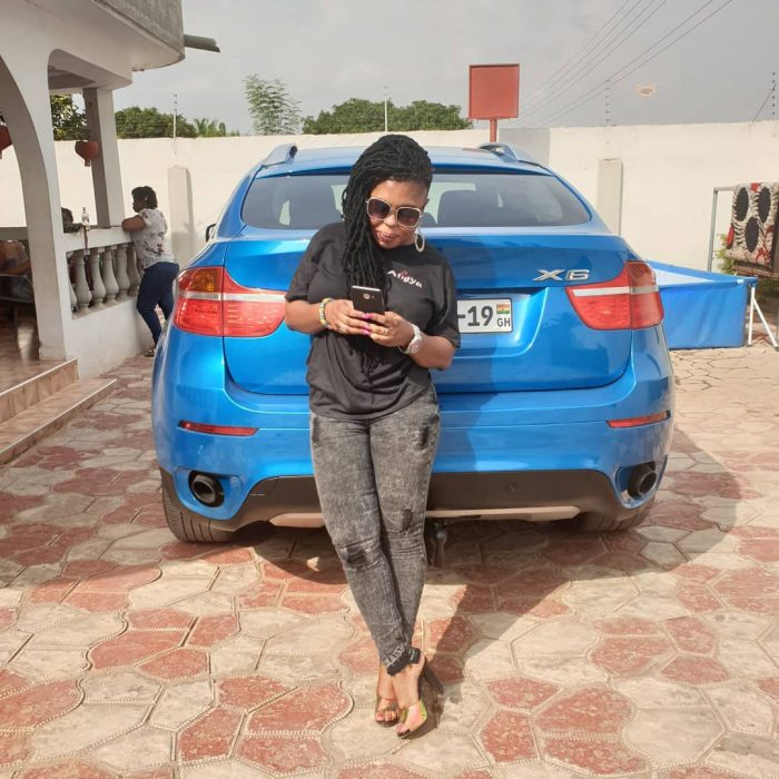 Afia Schwar car e1551369487519 - EXPOSED: Afia Schwar Claims She Has Bought A New Car But It's Actually An Old Car Re-sprayed – SCREENSHOT