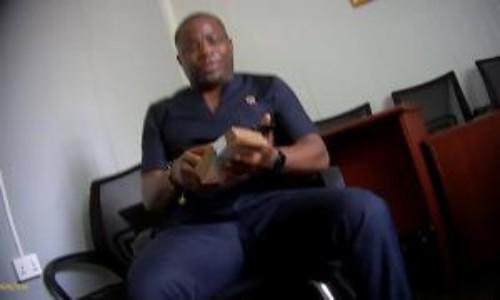 XGltYWdlc1xjb250ZW50XDMxMjAxOTEwMDYyOV9zeG5hcmVkcTVrXzYwODEzMDc3OTE1ODdfNDYxNDg1MTcxMzc0OS5qcGd8MzAwfDE4MHwzLzIvMjAxOQ - Inter Ministerial Galamsey Committee Secretary Implicated in Anas' Galamsey Exposé Resigns in Shame