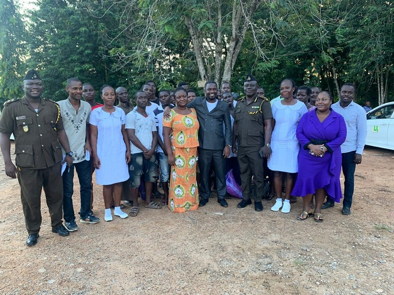 WhatsApp Image 2019 11 01 at 7.22.38 PM - End Point Homeopathic Clinic Frees 20 Inmates from Nsawam Prisons