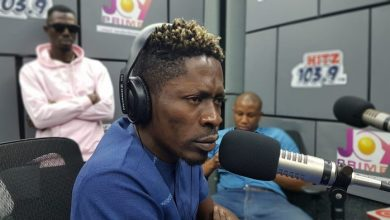 Photo of Shatta Wale : I will now charge Sarkodie for features