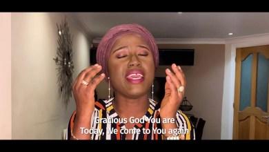 Photo of Diana Hamilton – Domfo Nyame (Gracious God)