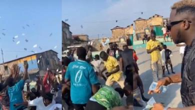 Photo of Medikal Made The Day Fans By Spraying Bundles Of Cash During A Video Shoot – Watch Here